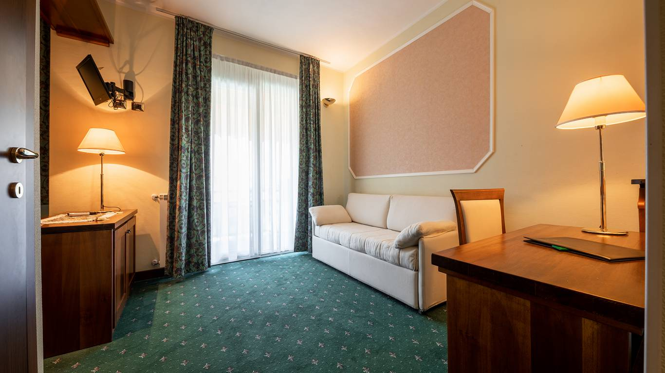 Hotel-Elena-Saint-Vincent-family-room-I4A6680