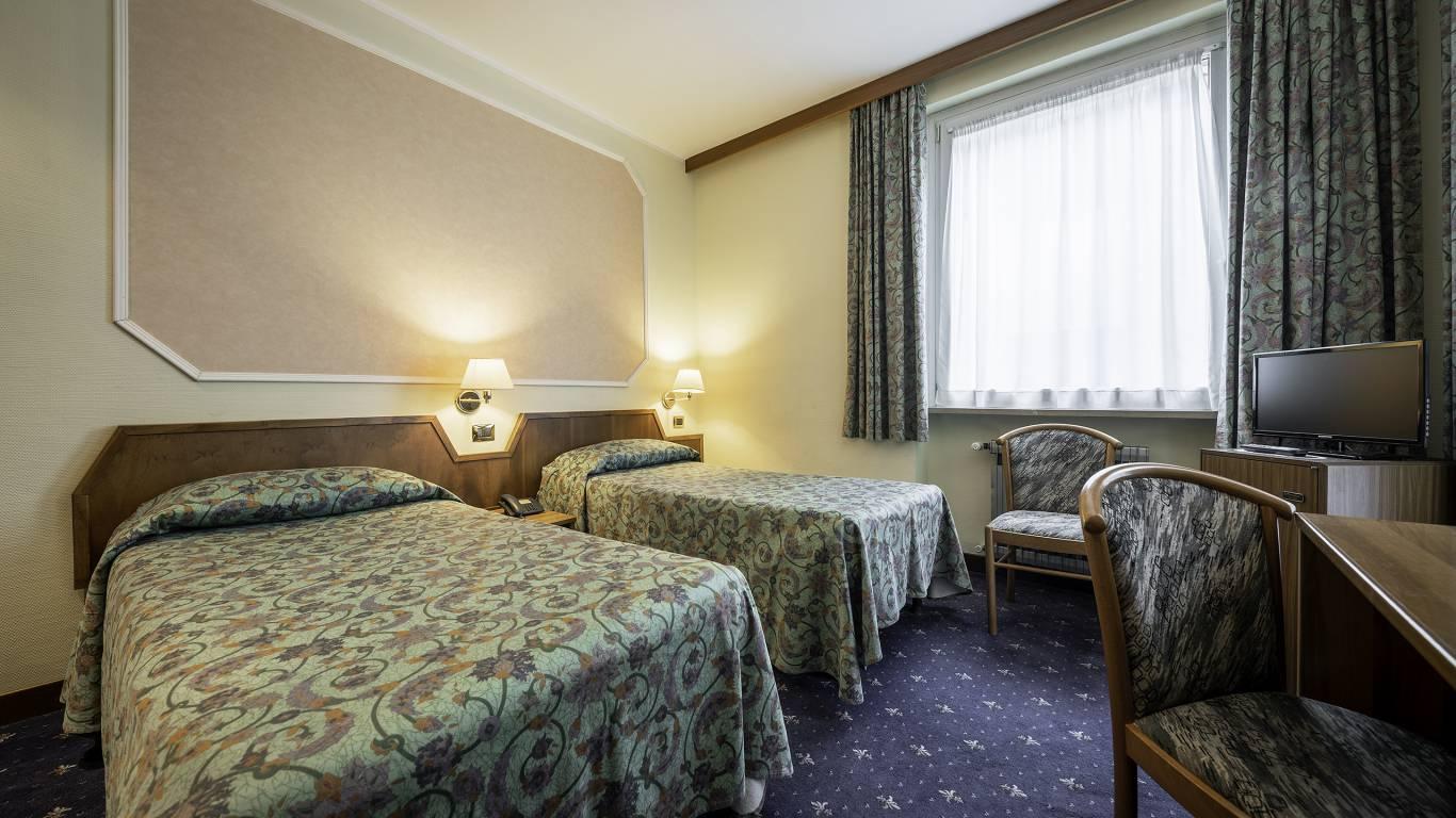 Hotel-Elena-Saint-Vincent-double-standard-I4A3547