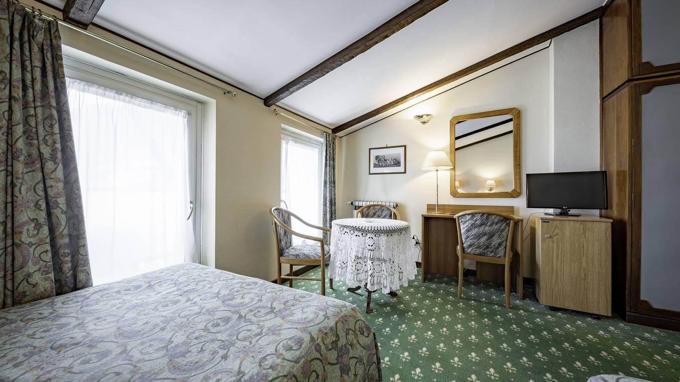 Hotel-Elena-Saint-Vincent-double-superior-I4A3610