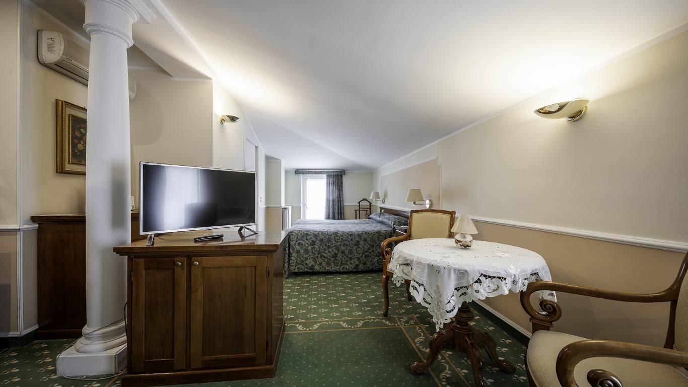 Hotel-Elena-Saint-Vincent-family-standard-I4A3628