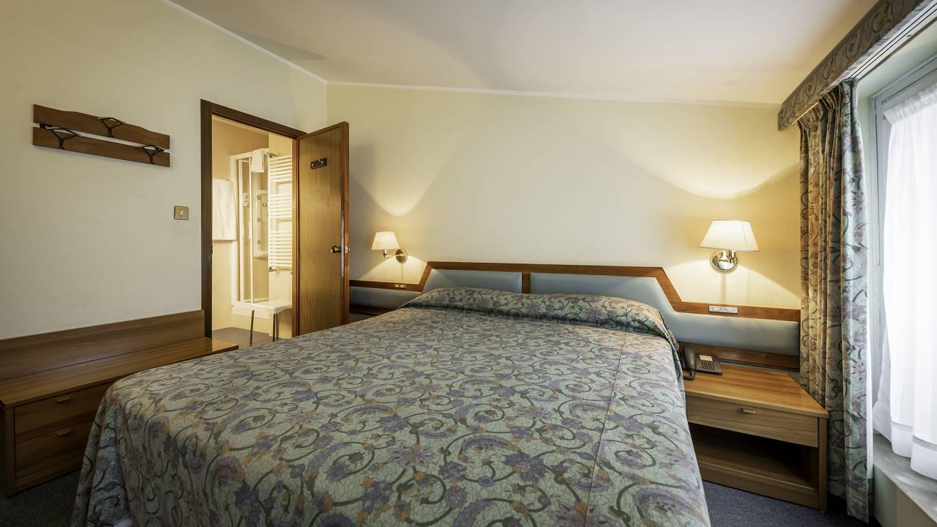 Hotel-Elena-Saint-Vincent-double-budget-I4A3619