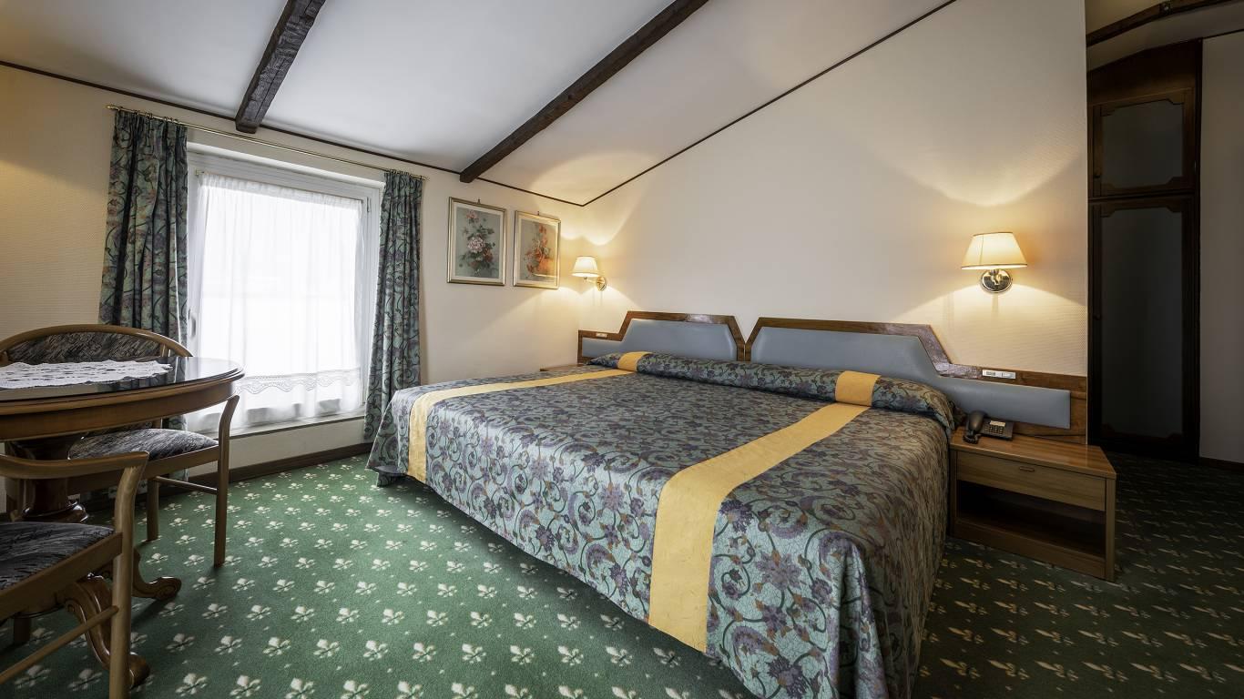 Hotel-Elena-Saint-Vincent-2020-double-superior-I4A3589