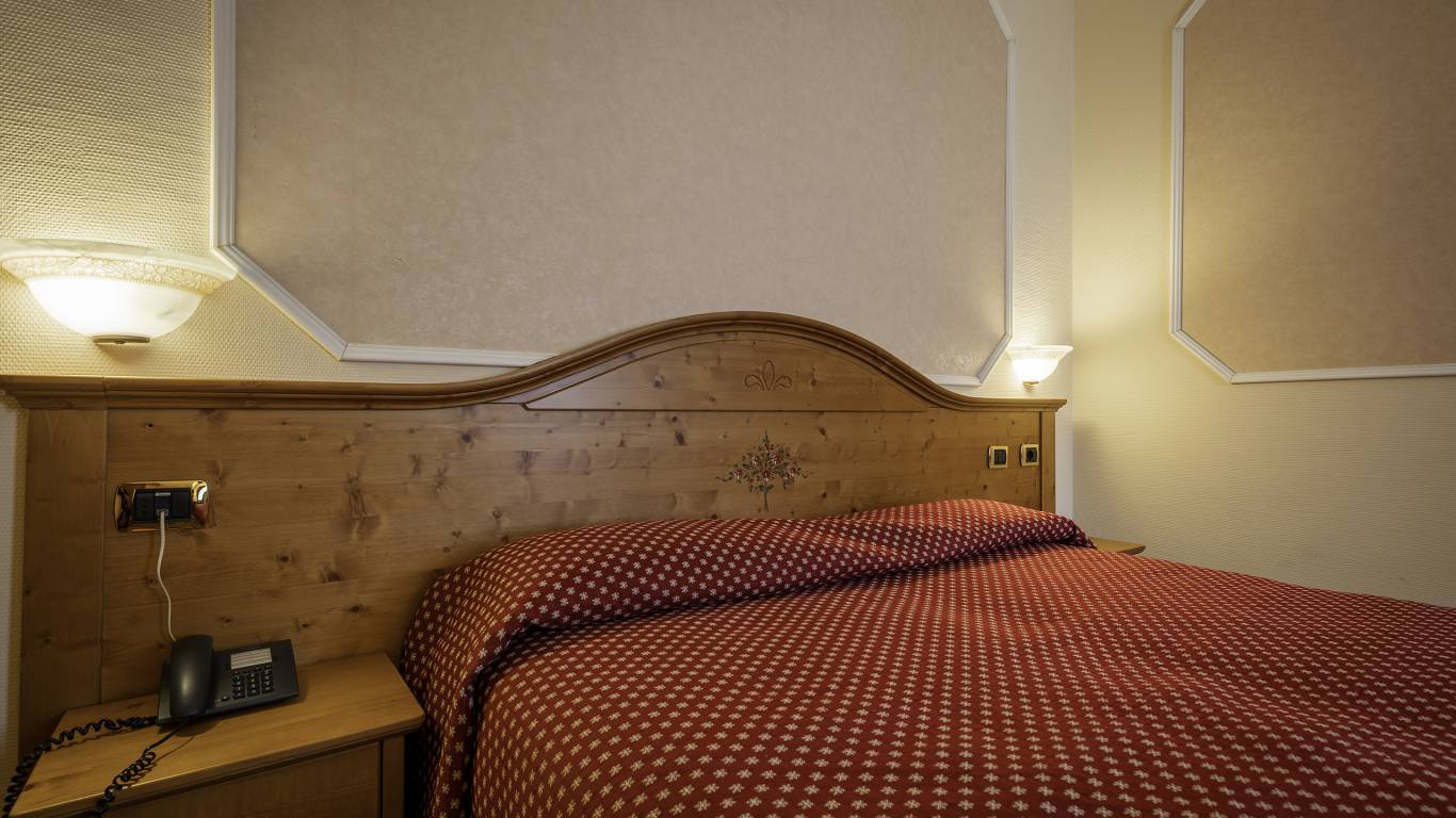 Hotel-Elena-Saint-Vincent-double-standard-I4A3419