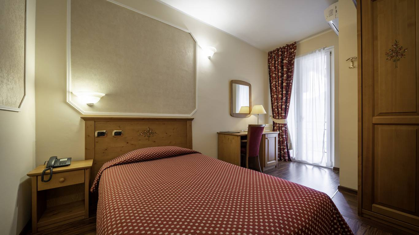 Hotel-Elena-Saint-Vincent-2020-single-room-I4A3553